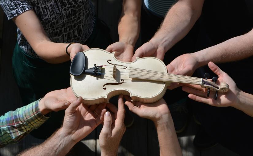 Fiddle race – eine Kinderbratsche in 80Stunden